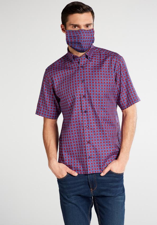 (Im Foto: ein Hemd der Marke ETERNA. Symbolisch die Maske.)