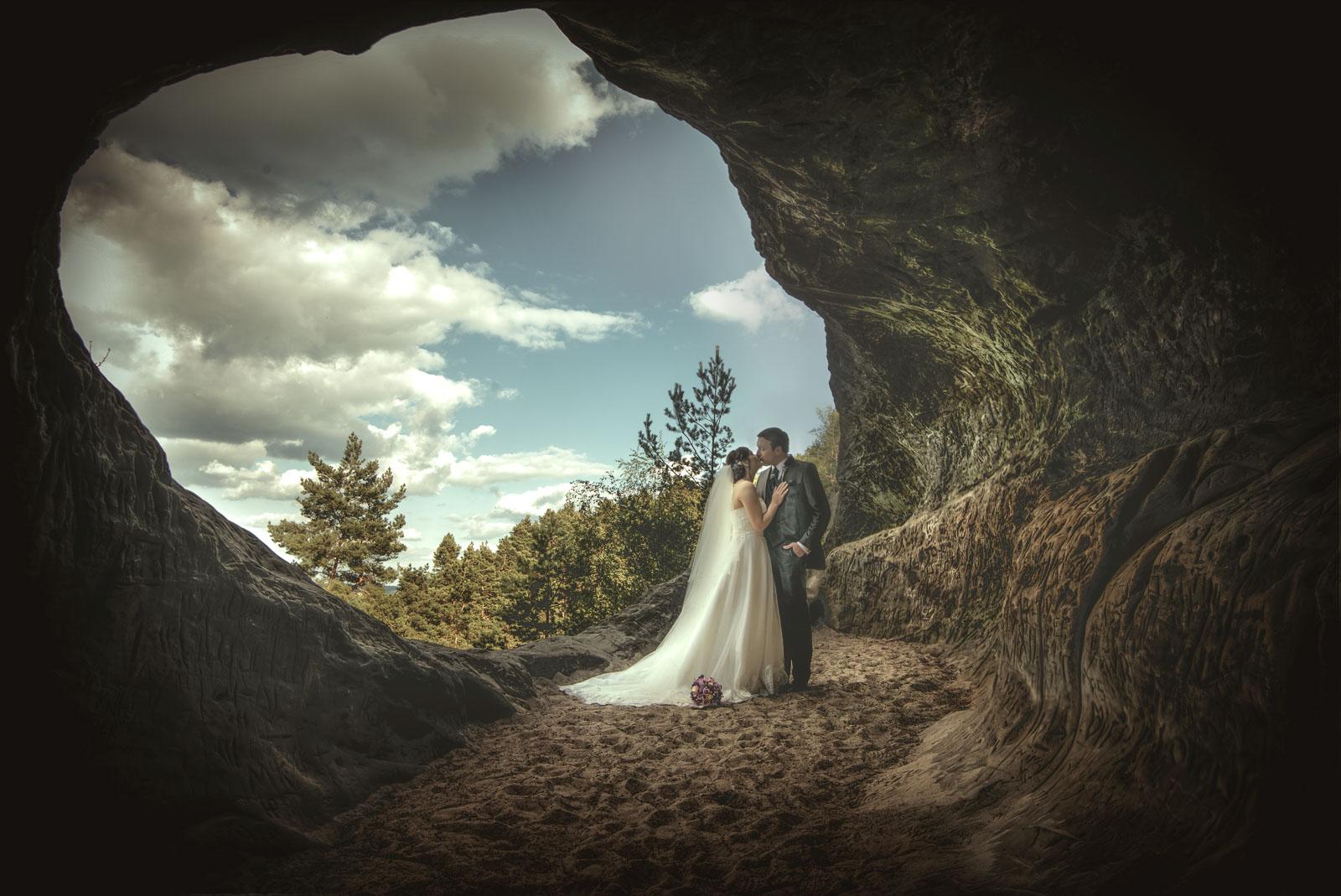 Alisa und Sebastian Schmidt 3 Ein Glückliches Brautpaar …